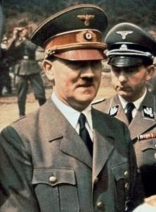 'Adolf Hitler kettle' sells out