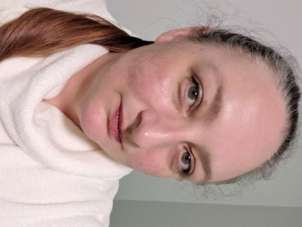 No makeup selfie.. oooooh!