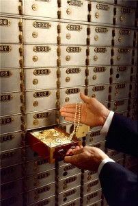 Jewellery thieves spend Easter weekend raiding deposit boxes