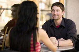 Online dating 'can improve flirting techniques'