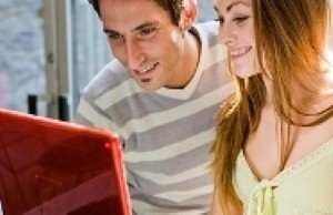 What are the advantages of online dating?