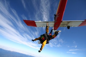 Preacher to take on 5,000ft skydive for H4H